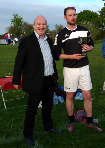 Local Pentlands MSP Gordon Macdonald presents the Bloomiehall Centenary Cup to Green Machine Captain Graham Bonnie